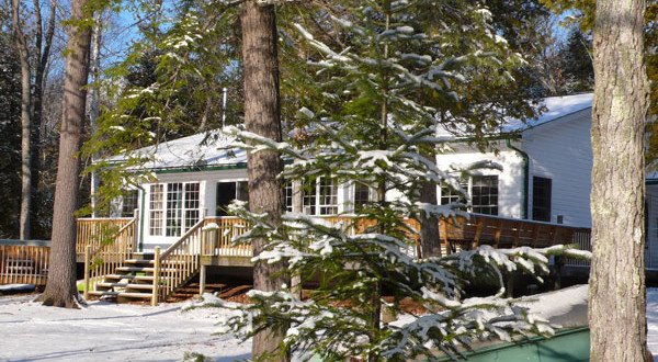Kawartha Winter cottage rental