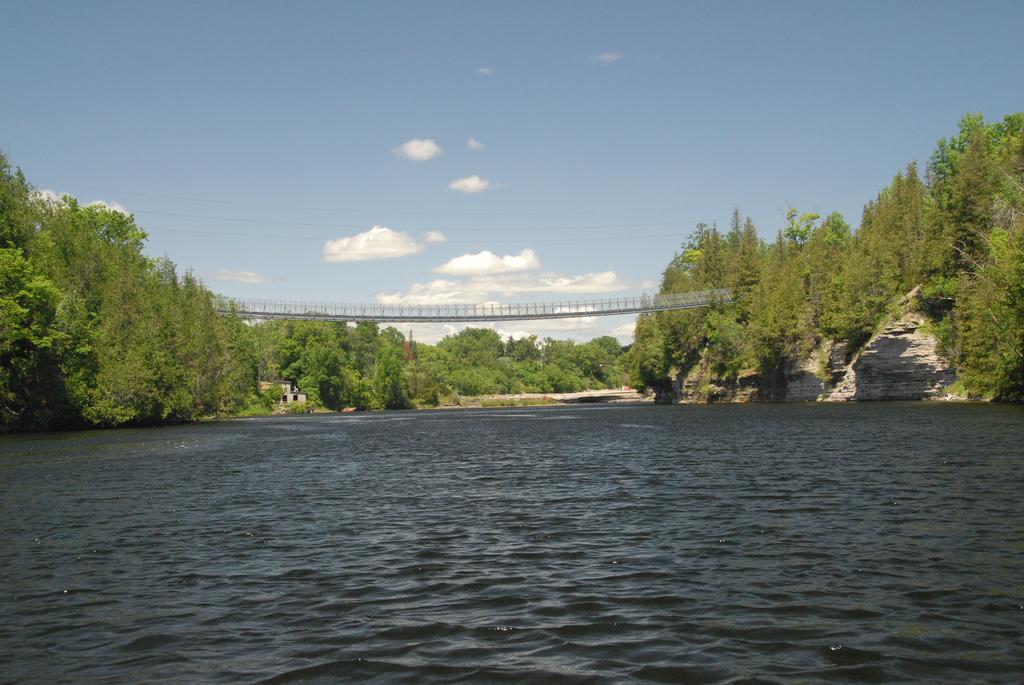 ranney gorge suspension bridge